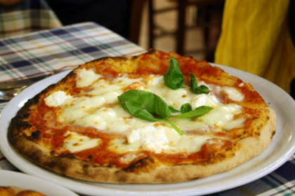 Pizza typique à Rome