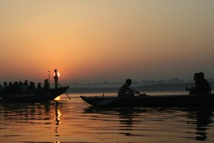 Bateau sur le Gange à Varanasi